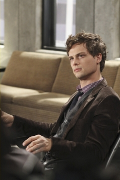 Spencer-Reid-dr-spencer-reid-19201953-995-1489